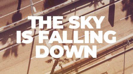 El salto al vacío de Neon Leon en «The Sky Is Falling Down»